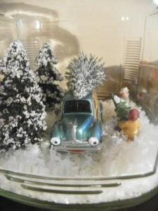 Christmas snow globe 02