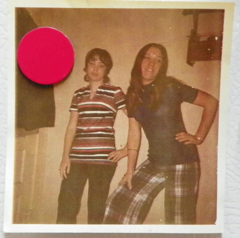 2 girls in 1971
