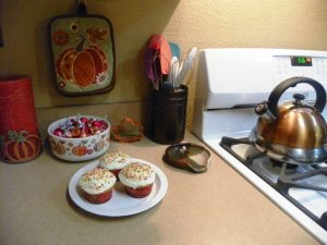 3-cupcakes-on-counter
